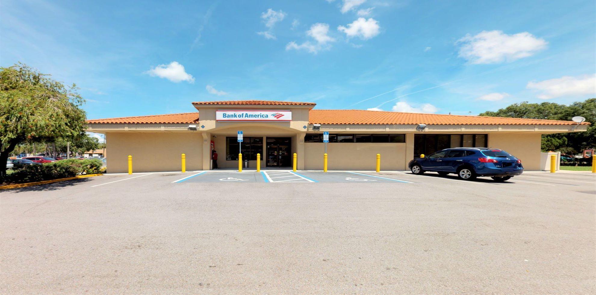 Bank of America financial center with drive-thru ATM   3930 Cattlemen Rd, Sarasota, FL 34233