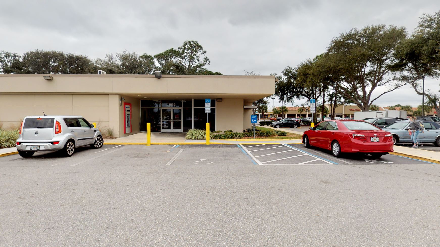 Bank of America financial center with walk-up ATM | 1900 S Ridgewood Ave, Edgewater, FL 32141