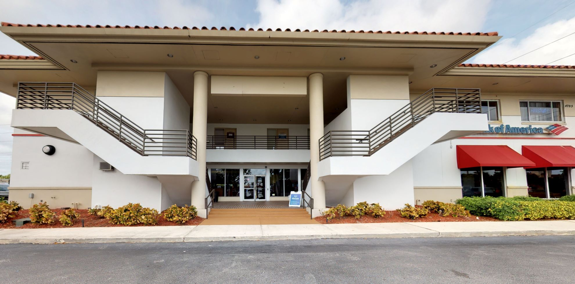 Bank of America financial center with drive-thru ATM and teller | 4793 N Congress Ave, Boynton Beach, FL 33426