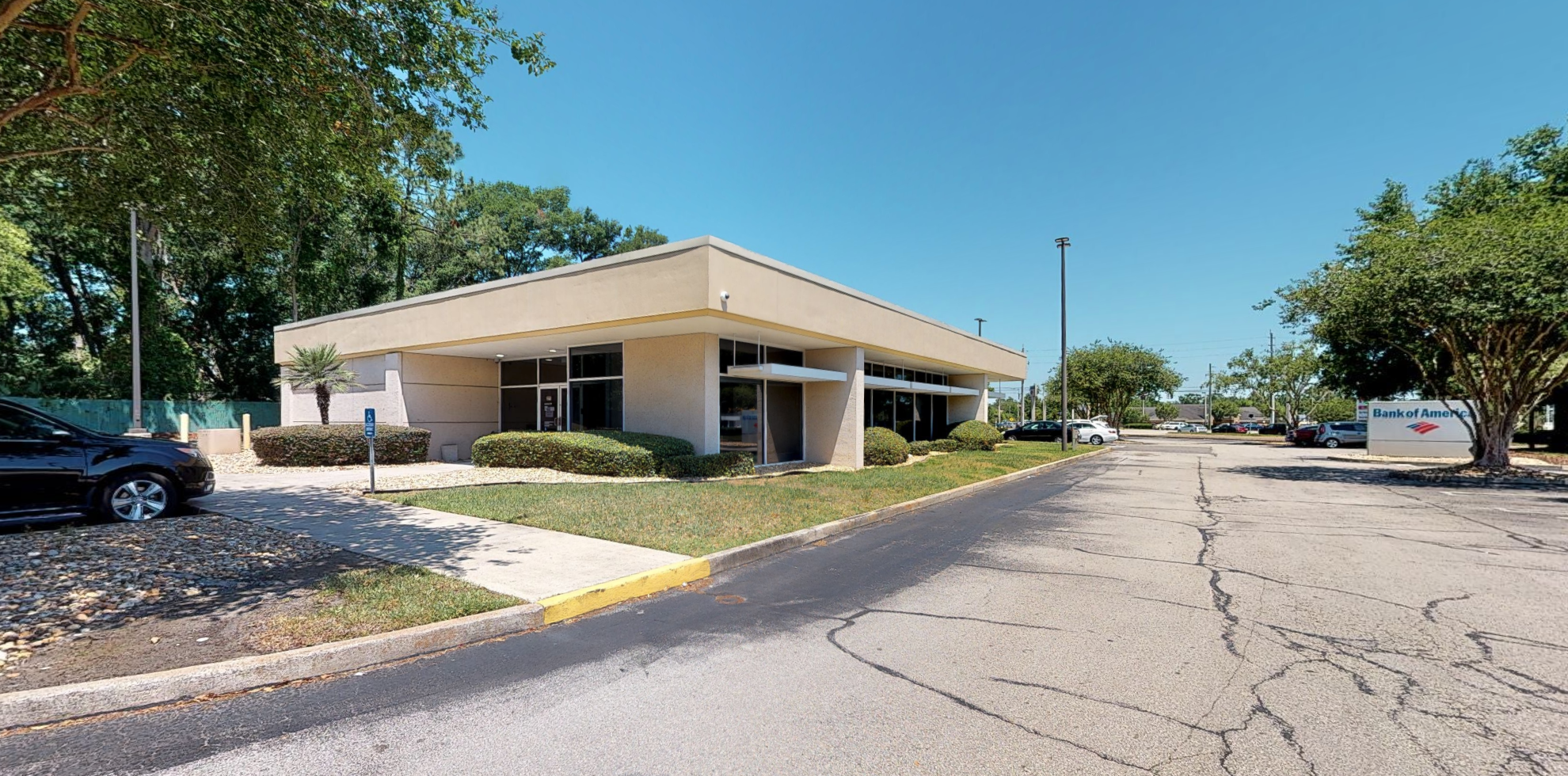 Bank of America financial center with drive-thru ATM | 7770 Normandy Blvd, Jacksonville, FL 32221