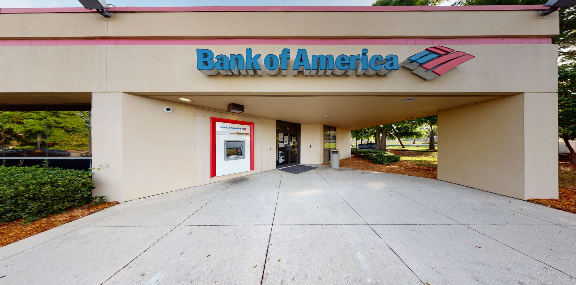 Bank of America financial center with drive-thru ATM and teller   901 N US Highway 27, Lady Lake, FL 32159