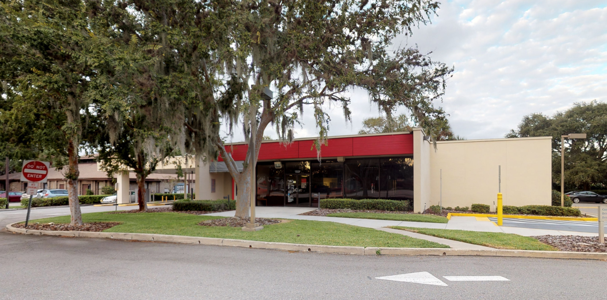 Bank of America financial center with drive-thru ATM | 2 Old Kings Rd N, Palm Coast, FL 32137