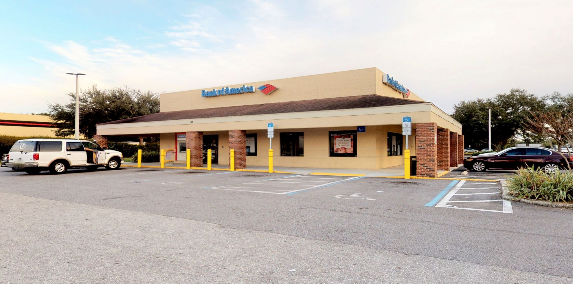 Bank of America financial center with drive-thru ATM   35 S Doverplum Ave, Kissimmee, FL 34759