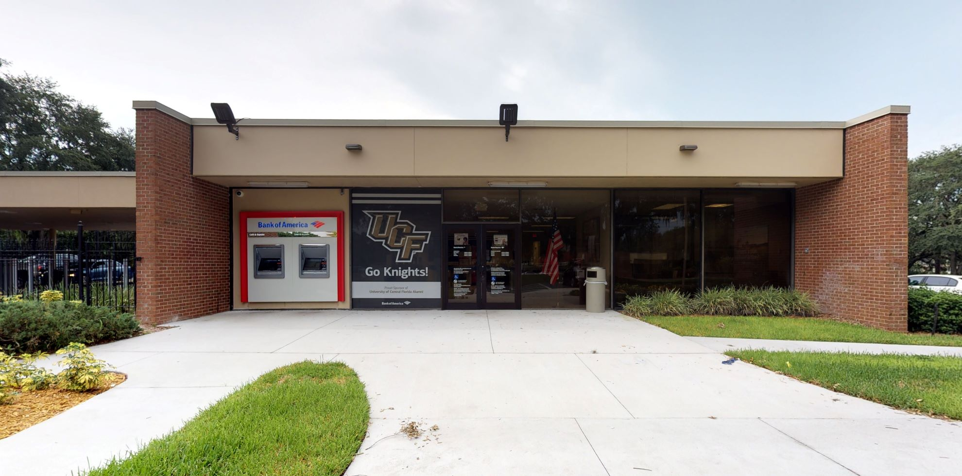 Bank of America financial center with drive-thru ATM | 11800 Research Pkwy, Orlando, FL 32826