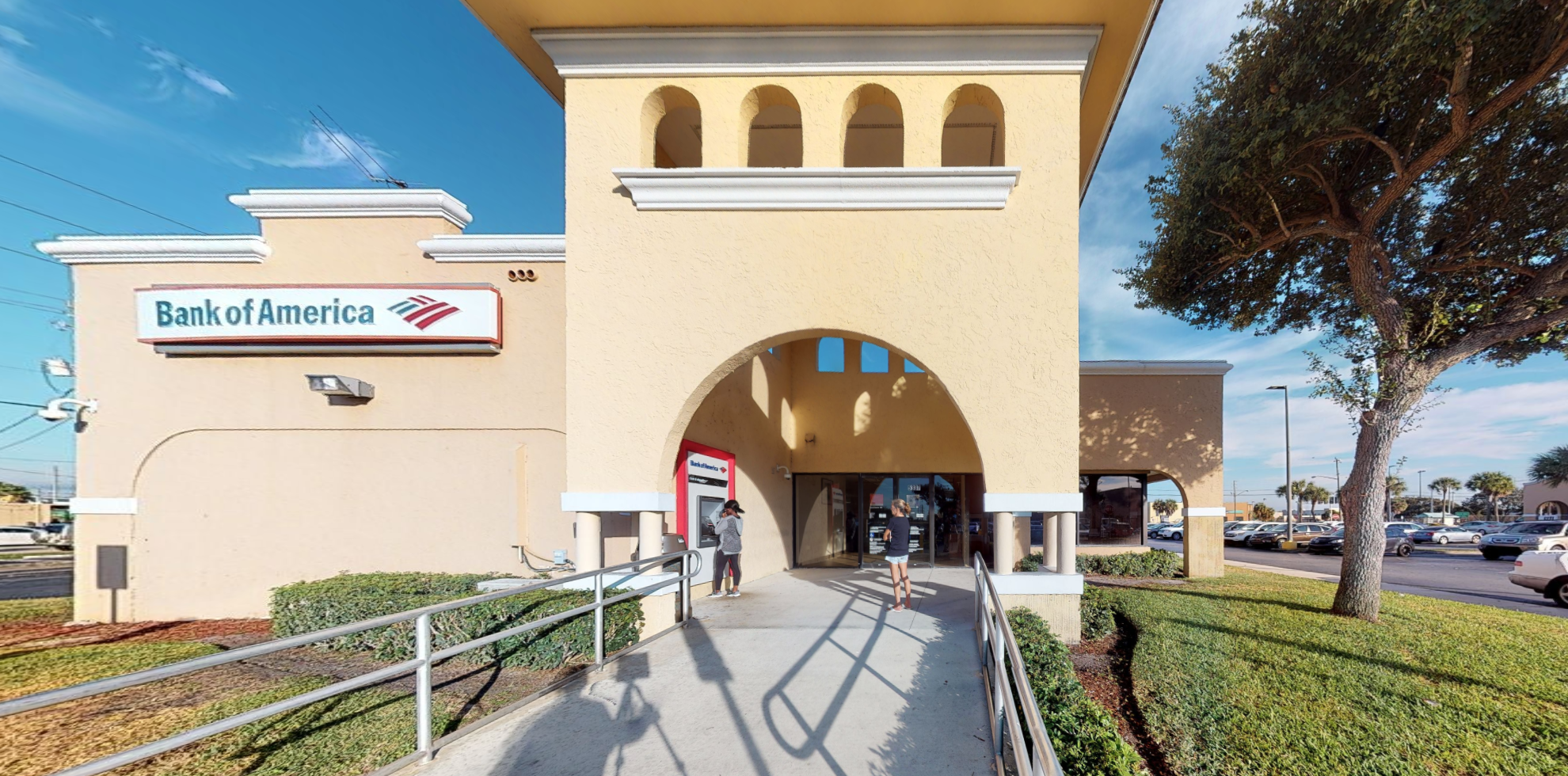 Bank of America financial center with drive-thru ATM | 5337 N Military Trl, West Palm Beach, FL 33407