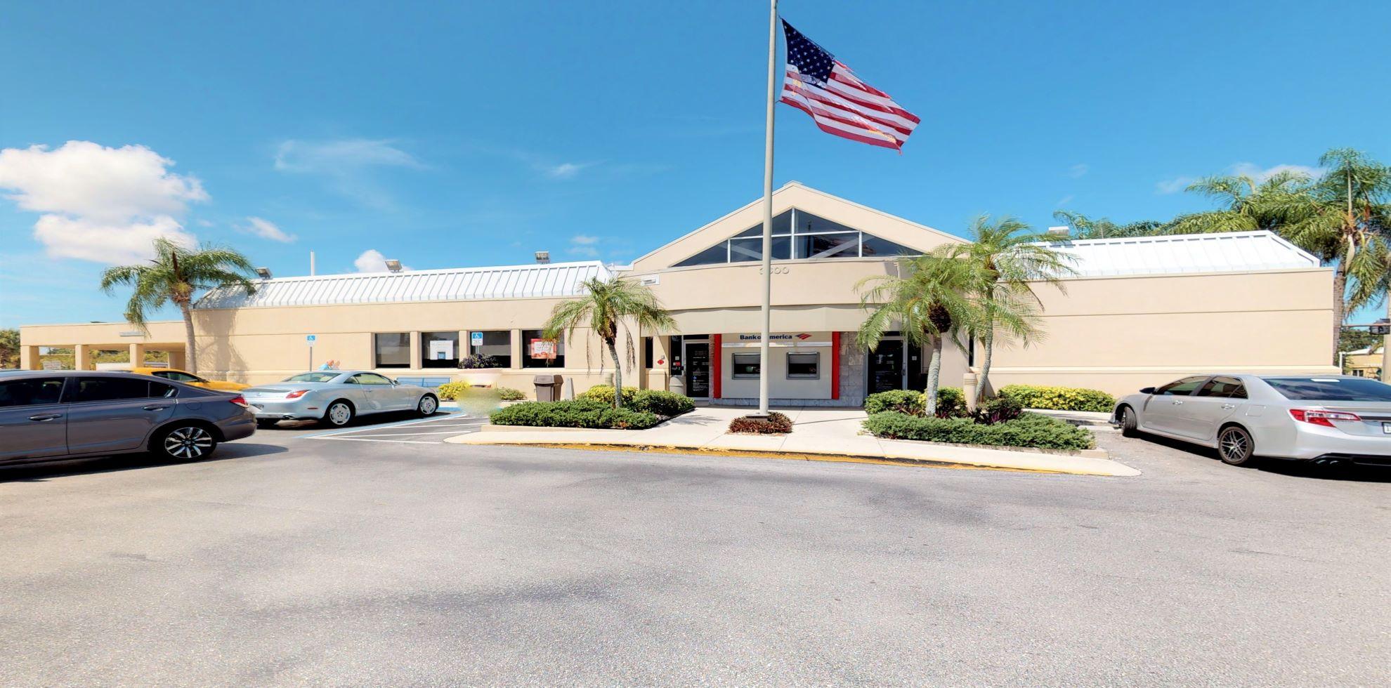 Bank of America financial center with walk-up ATM | 3600 Bee Ridge Rd, Sarasota, FL 34233