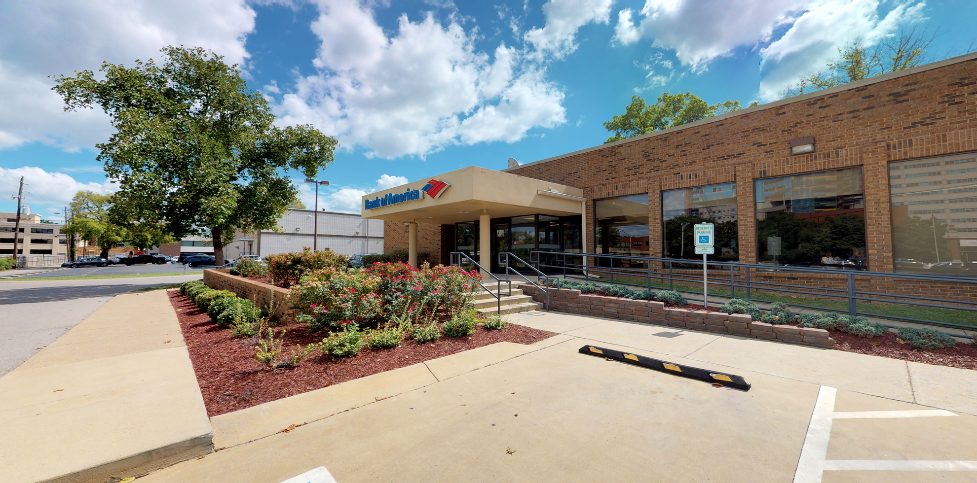 Bank of America financial center with drive-thru ATM | 2121 Blakemore Ave, Nashville, TN 37212