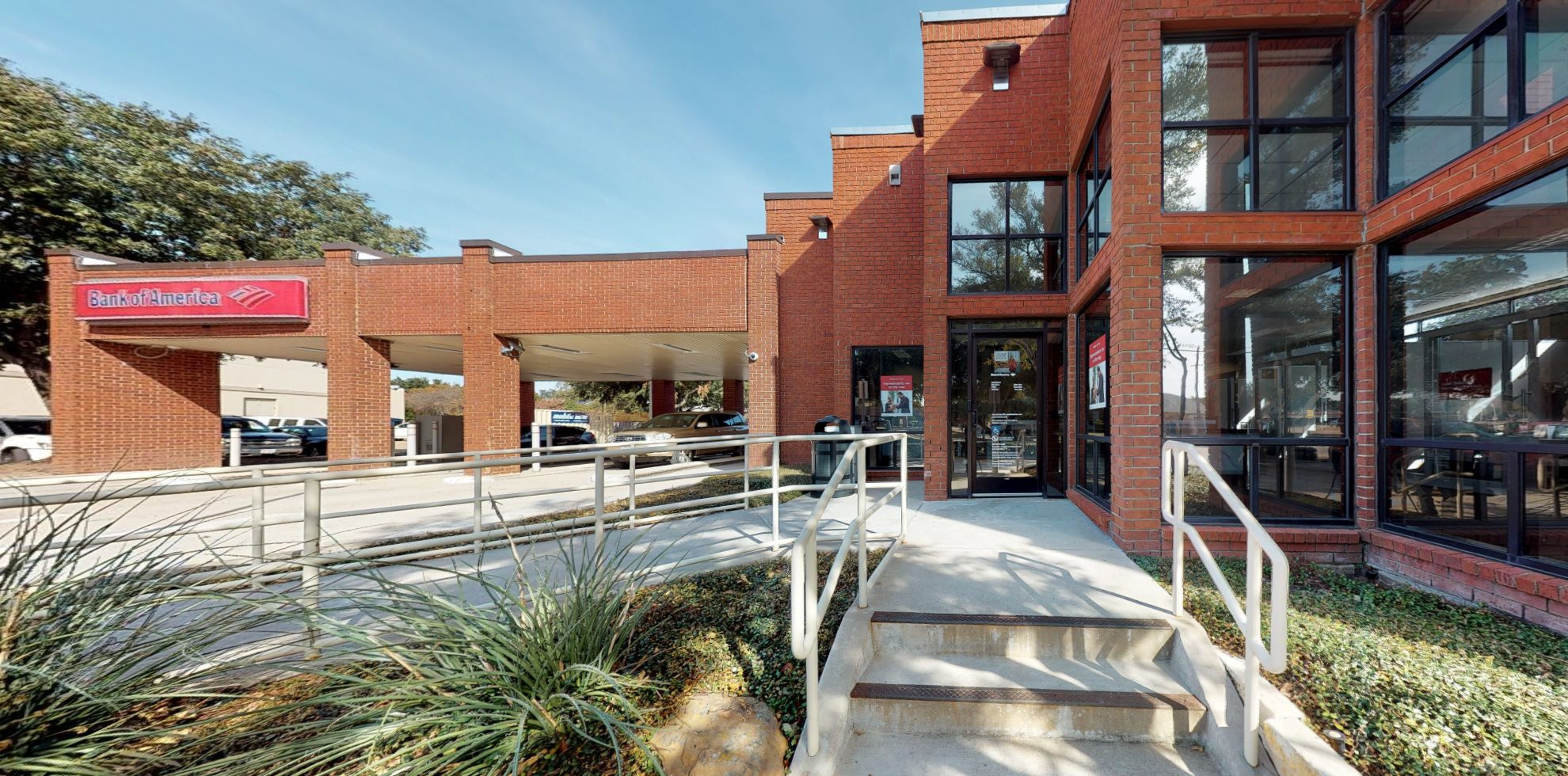 Bank of America financial center with drive-thru ATM | 6085 Campbell Rd, Dallas, TX 75248