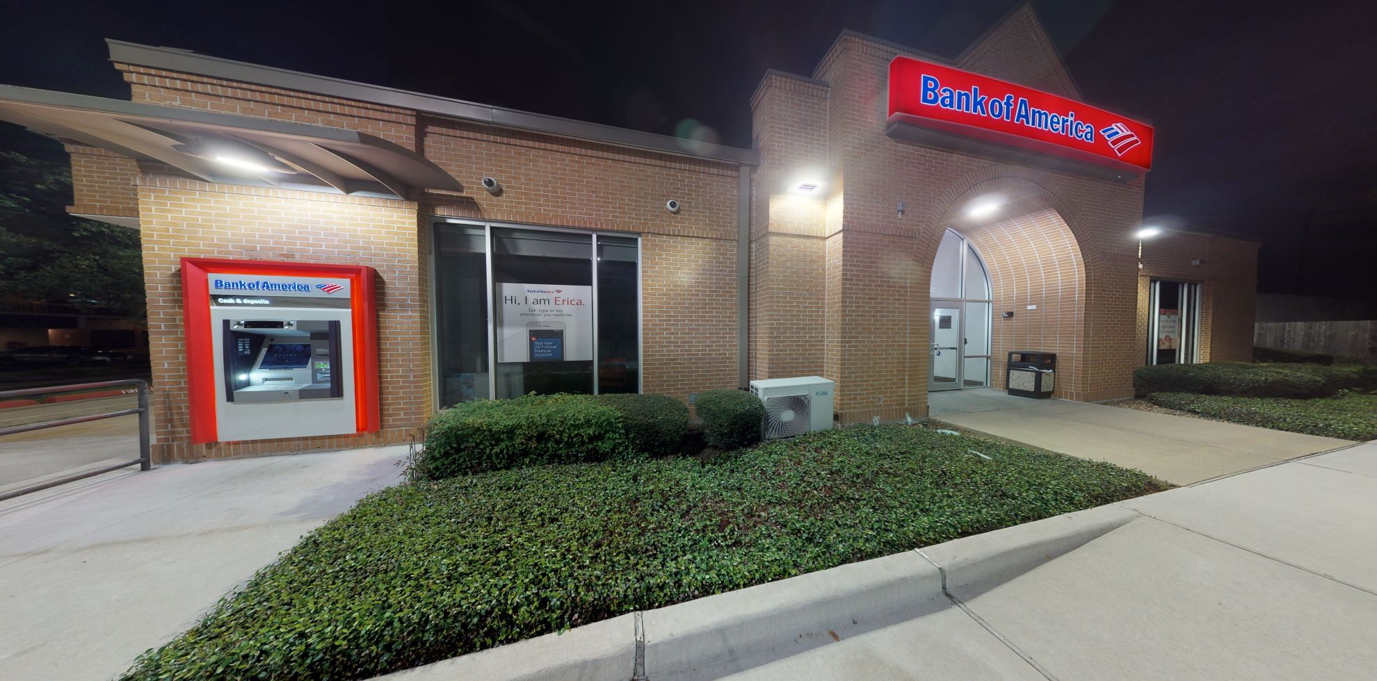 Bank of America financial center with drive-thru ATM | 6732 Stella Link Rd, Houston, TX 77005