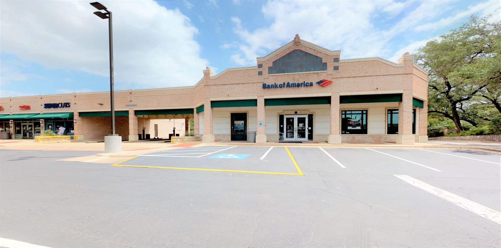 Bank of America financial center with walk-up ATM   3300 Bee Caves Rd STE 795, Austin, TX 78746