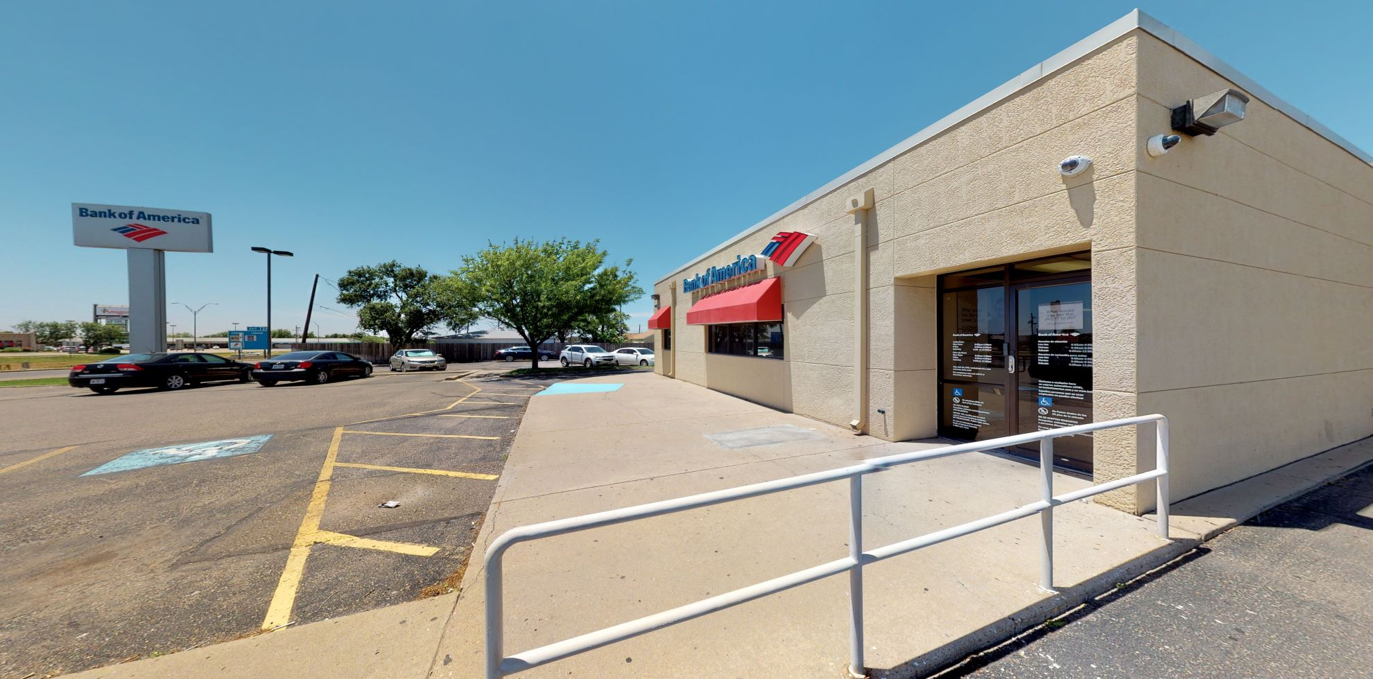 Bank of America financial center with drive-thru ATM and teller   3509 E Interstate 40, Amarillo, TX 79104