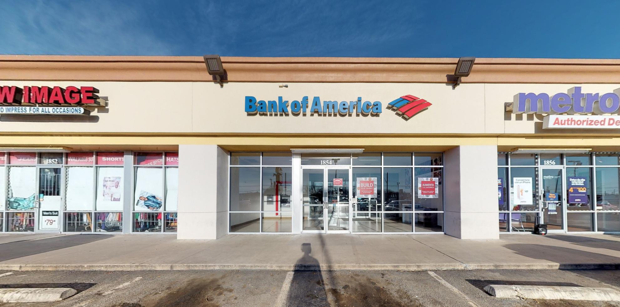 Bank of America financial center with drive-thru ATM | 1854 S WW White Rd, San Antonio, TX 78220