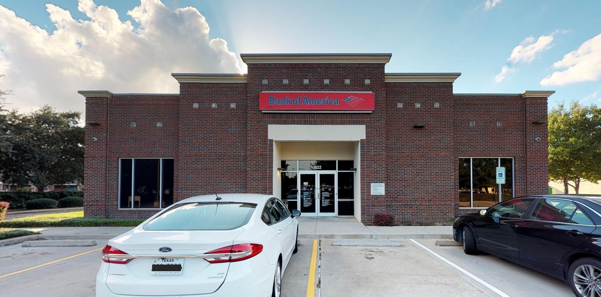 Bank of America financial center with drive-thru ATM | 1622 S Mason Rd, Katy, TX 77450