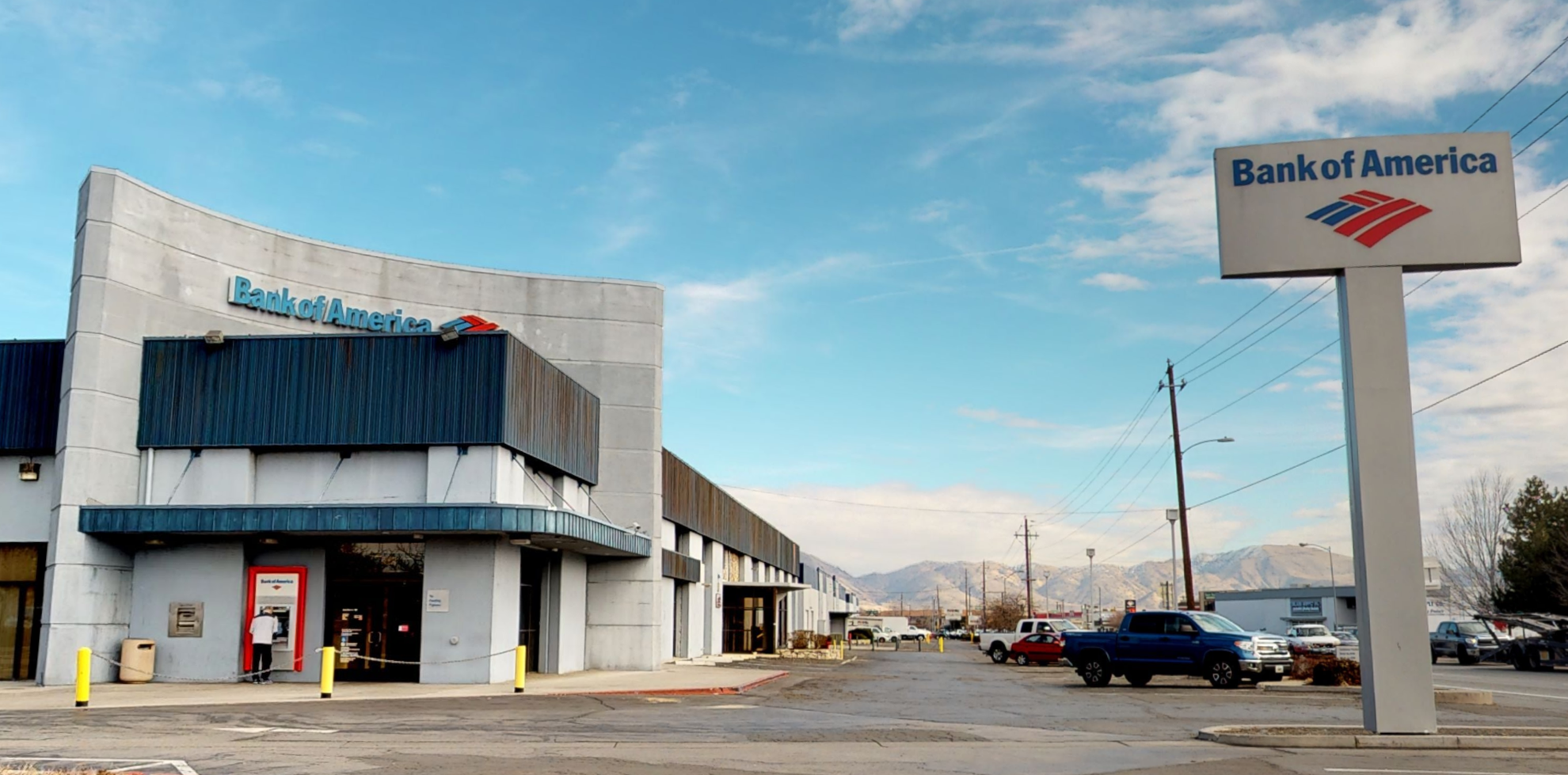 Bank of America financial center with drive-thru ATM | 2597 Mill St, Reno, NV 89502