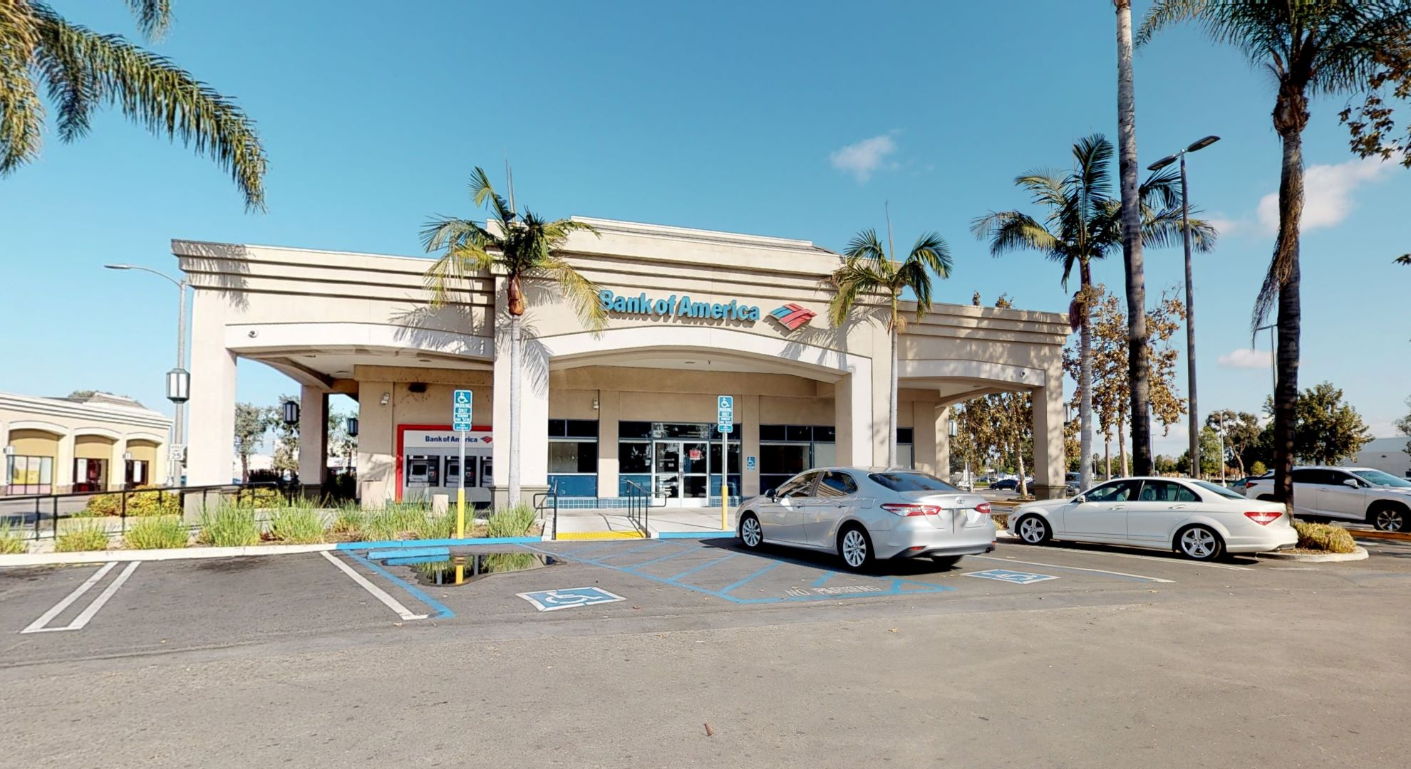 Bank of America financial center with drive-thru ATM | 4705 Silva St, Lakewood, CA 90712