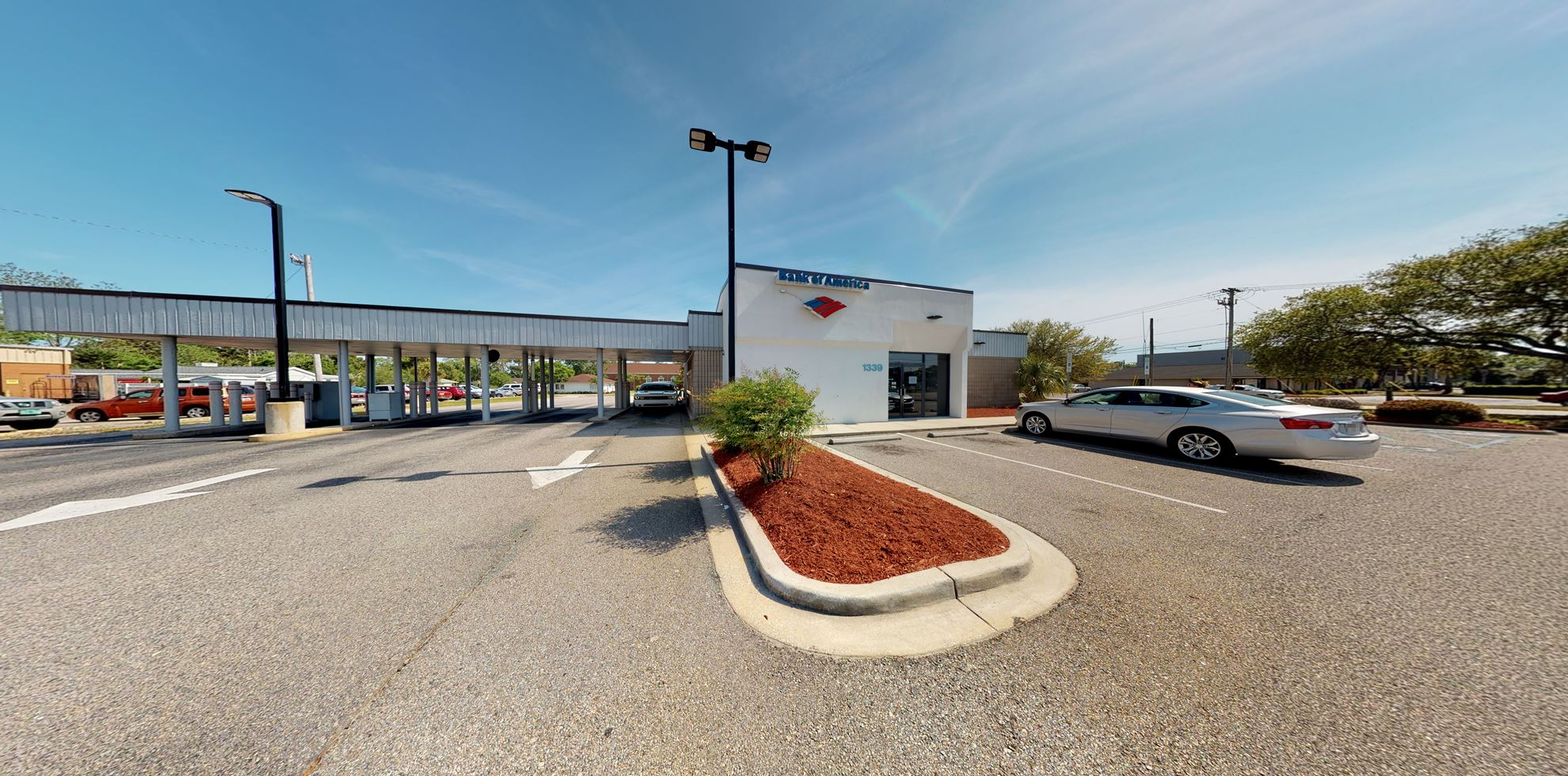 Bank of America financial center with drive-thru ATM and teller | 1339 Highway 17 S, North Myrtle Beach, SC 29582