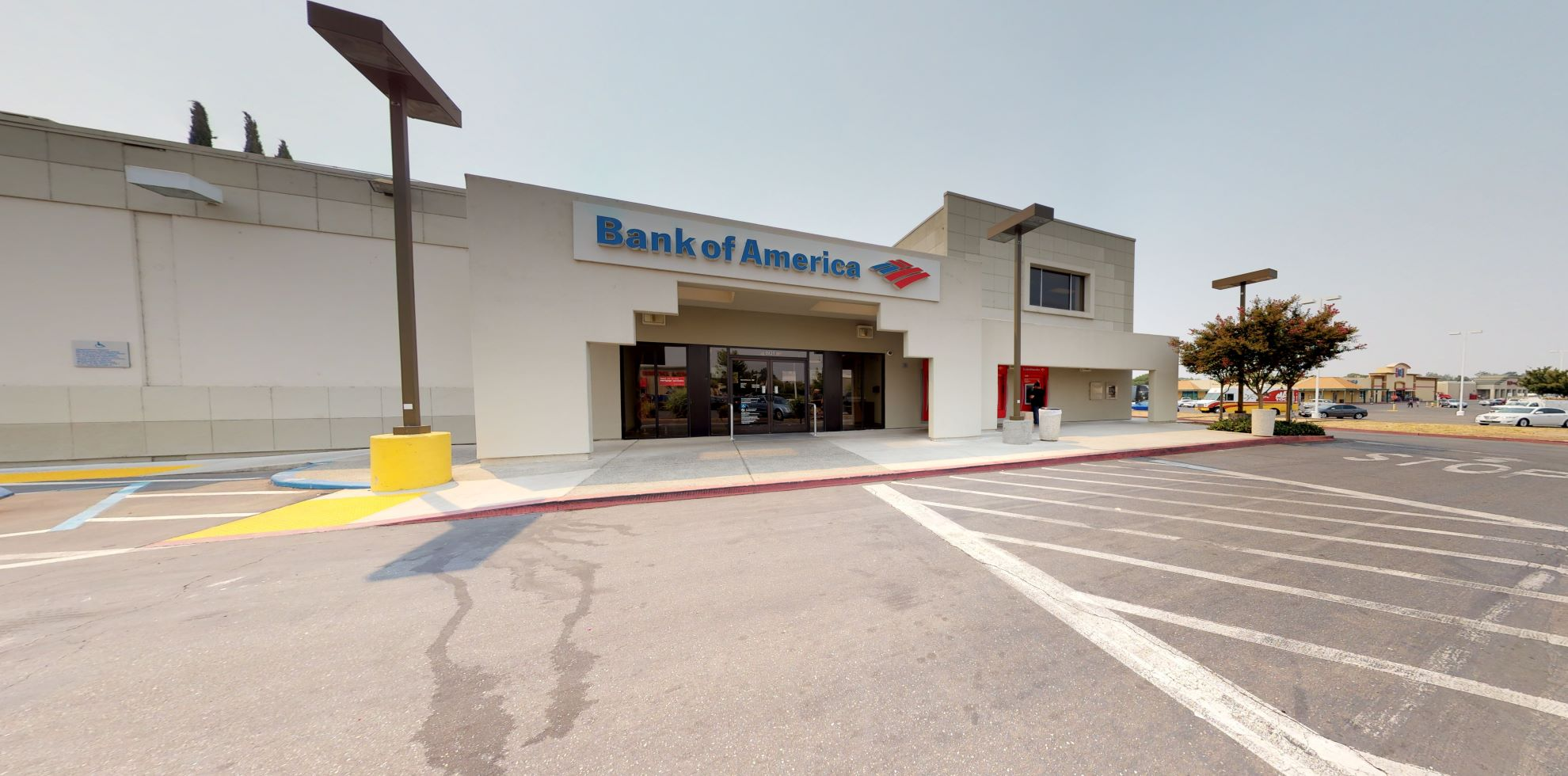 Bank of America financial center with drive-thru ATM | 801 East Ave, Chico, CA 95926