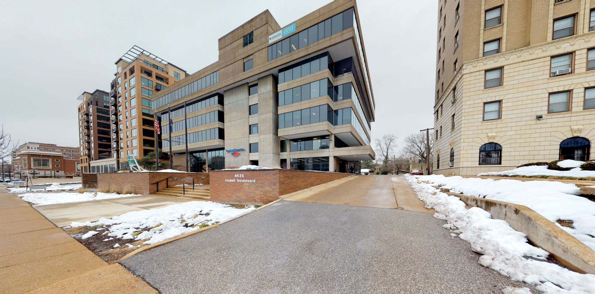 Bank of America financial center with drive-thru ATM | 4625 Lindell Blvd, Saint Louis, MO 63108