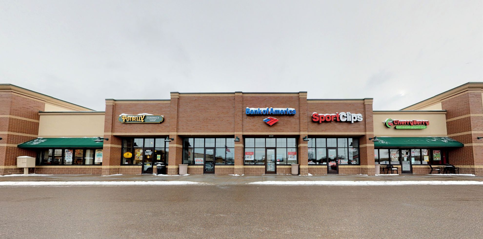 Bank of America Advanced Center with walk-up ATM | 4919 County Road 101, Minnetonka, MN 55345