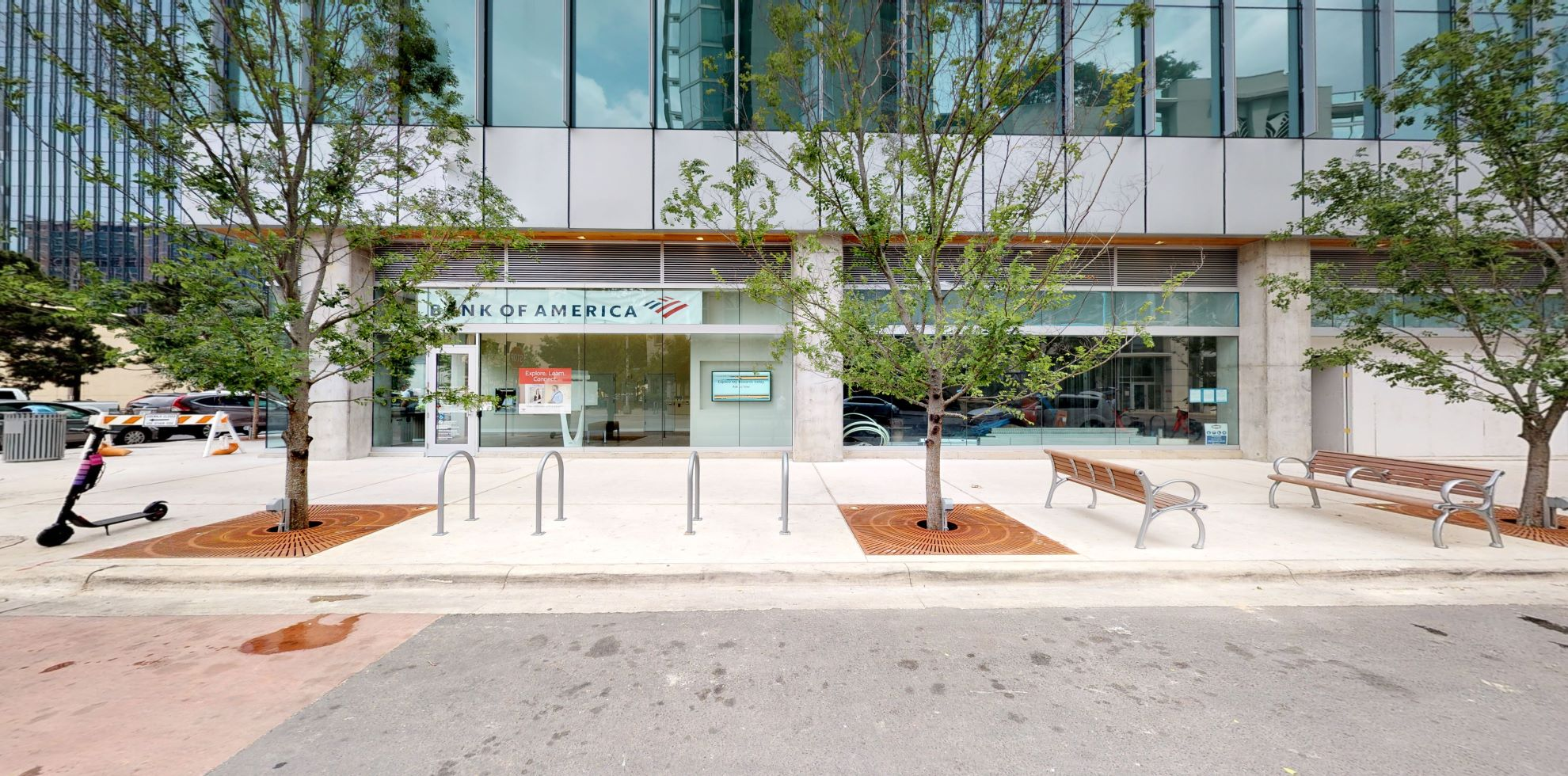 Bank of America Advanced Center with walk-up ATM | 607 W 3rd St, Austin, TX 78701