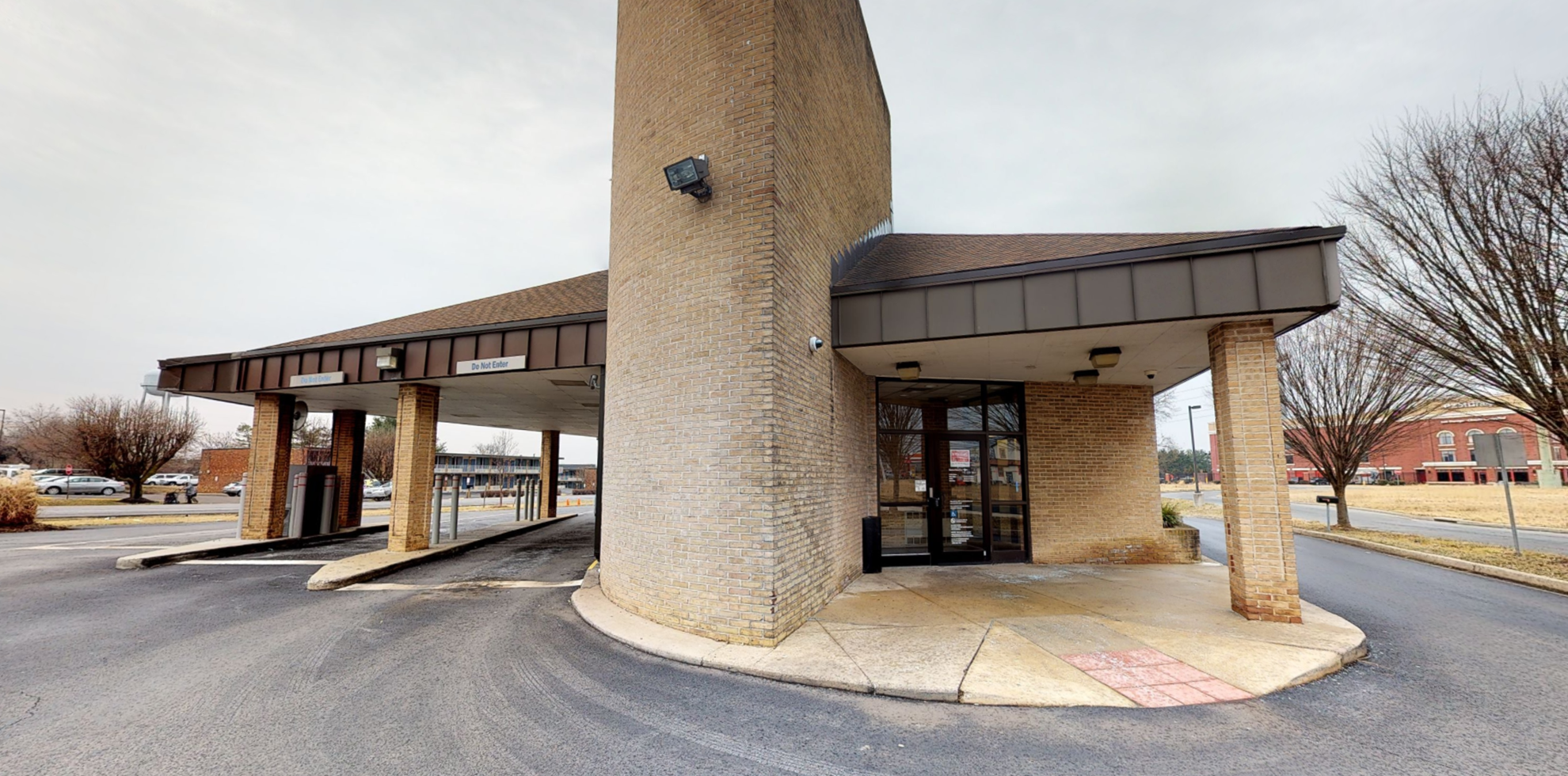 Bank of America financial center with drive-thru ATM   5704 Buckeystown Pike, Frederick, MD 21704