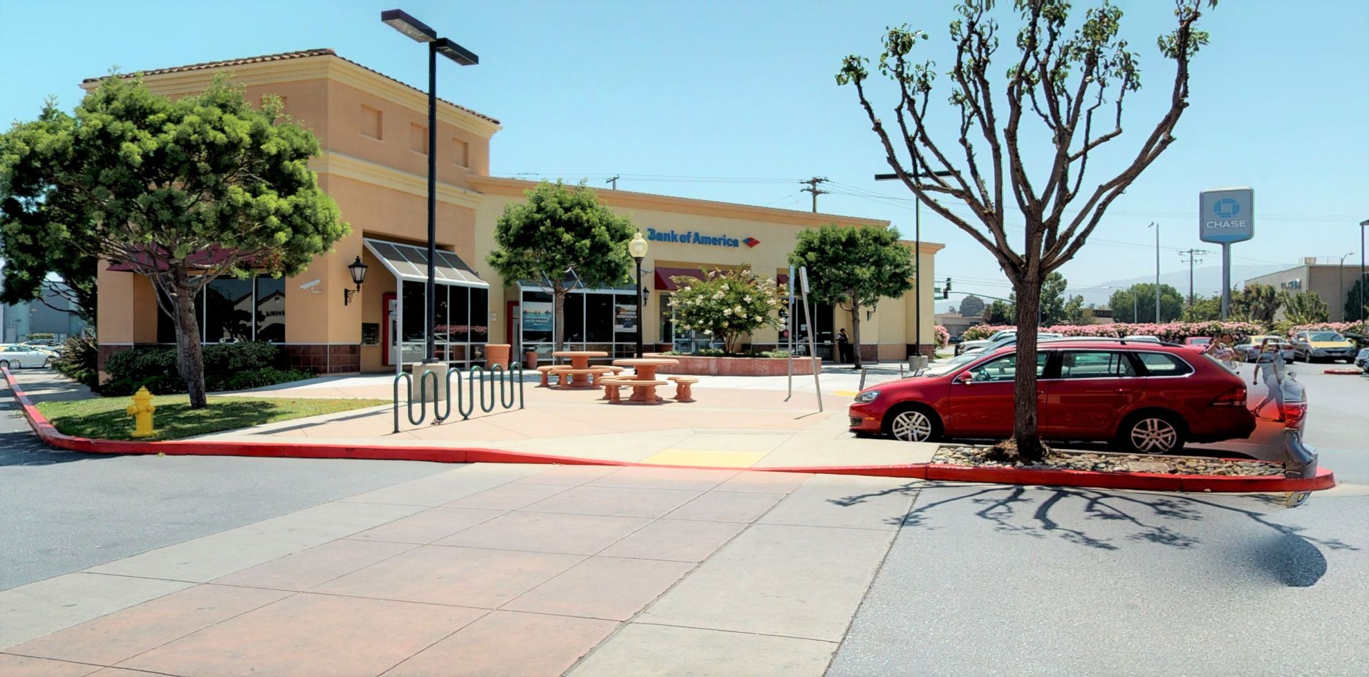 Bank of America financial center with walk-up ATM | 1695 Saratoga Ave, San Jose, CA 95129