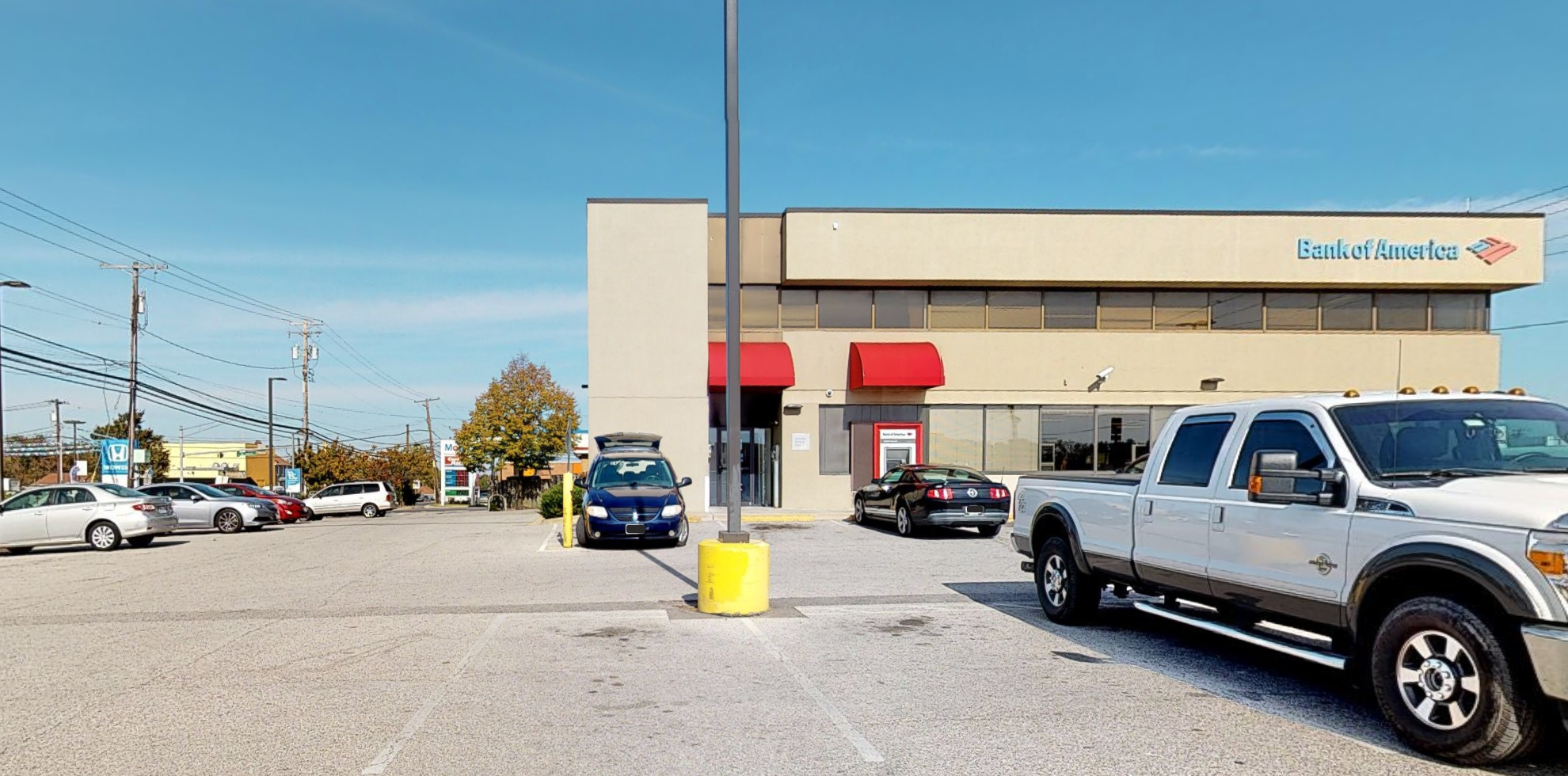 Bank of America financial center with drive-thru ATM | 7206 Ritchie Hwy, Glen Burnie, MD 21061