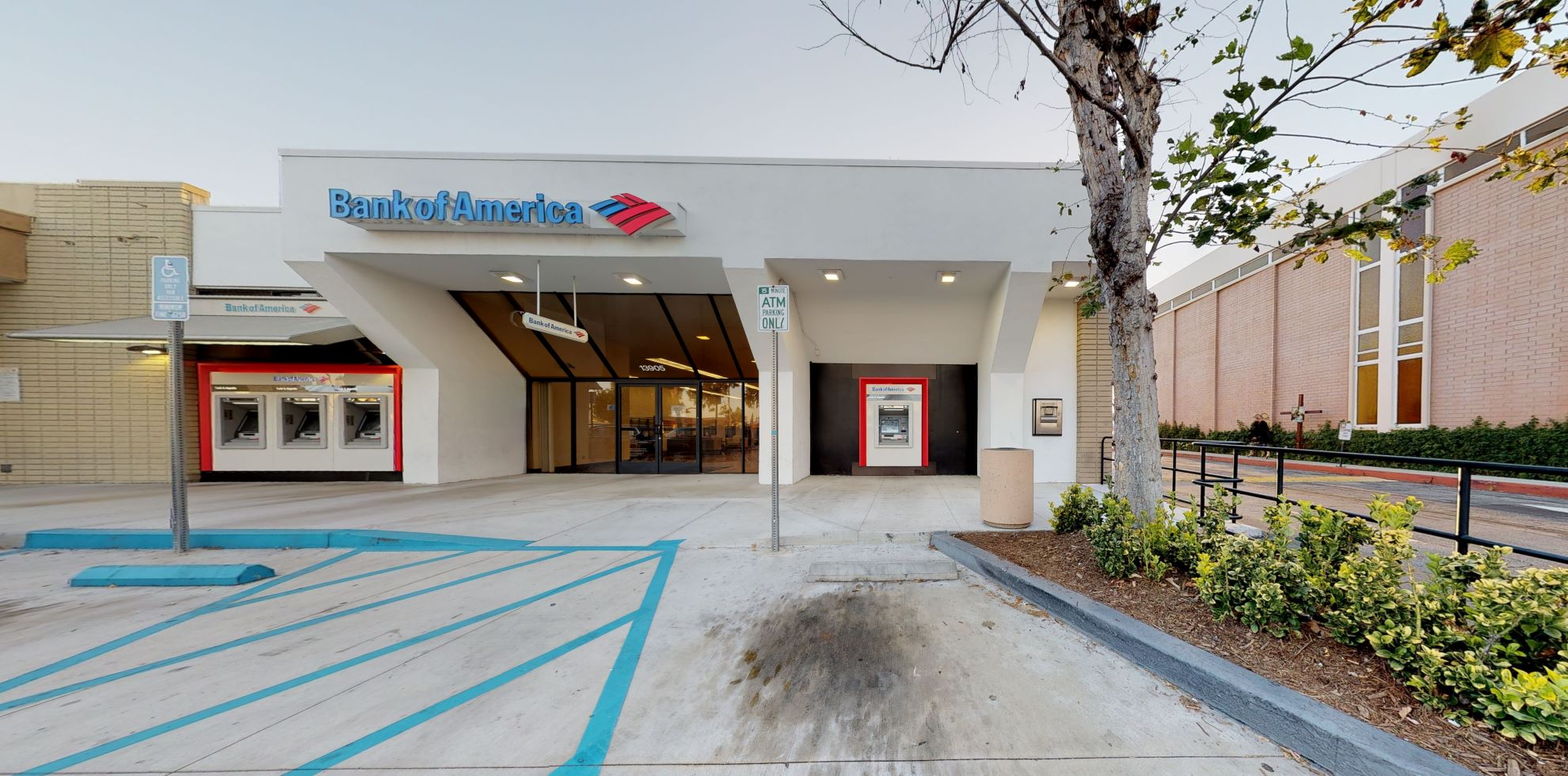 Bank of America financial center with walk-up ATM | 13905 Pioneer Blvd, Norwalk, CA 90650