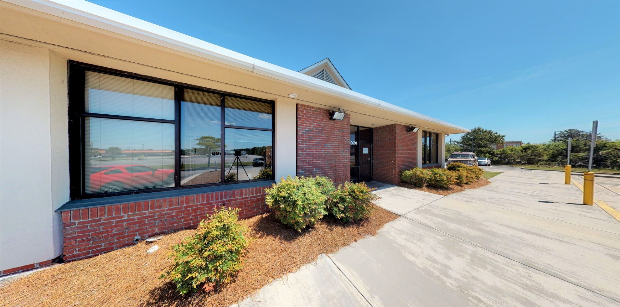 Bank of America financial center with drive-thru ATM | 5070 Southport Supply Rd SE, Southport, NC 28461