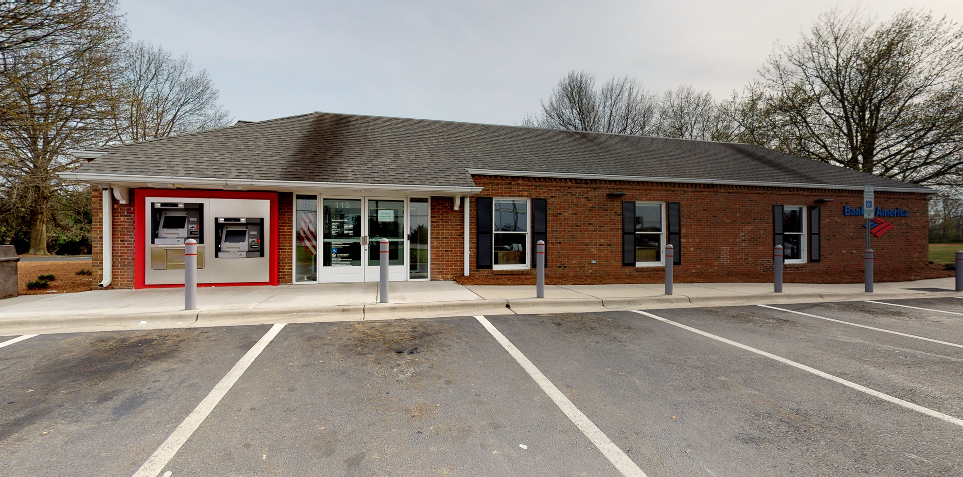 Bank of America financial center with walk-up ATM | 115 W Fairfield Rd, High Point, NC 27263
