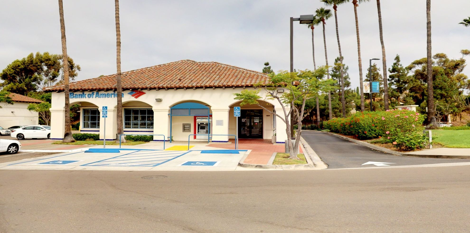 Bank of America financial center with drive-thru ATM   13205 Black Mountain Rd, San Diego, CA 92129