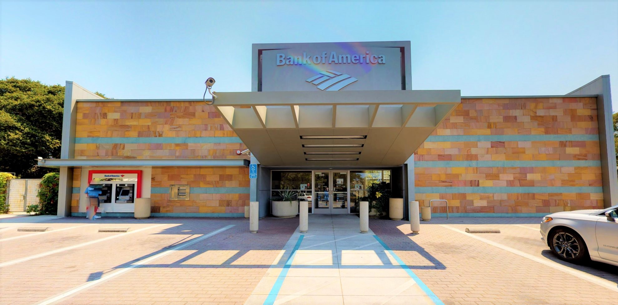 Bank of America financial center with walk-up ATM | 395 Quarry Rd, Palo Alto, CA 94304