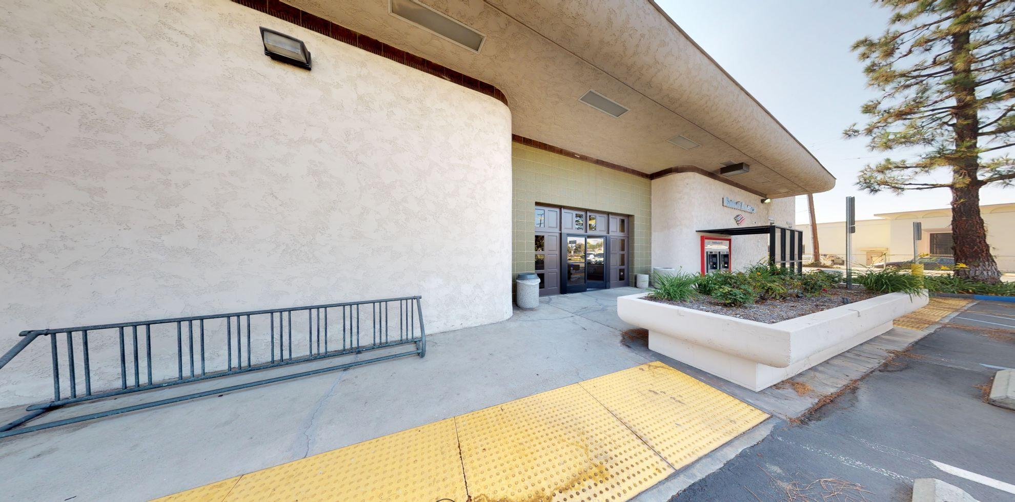 Bank of America financial center with drive-thru ATM   102 E Las Tunas Dr, San Gabriel, CA 91776