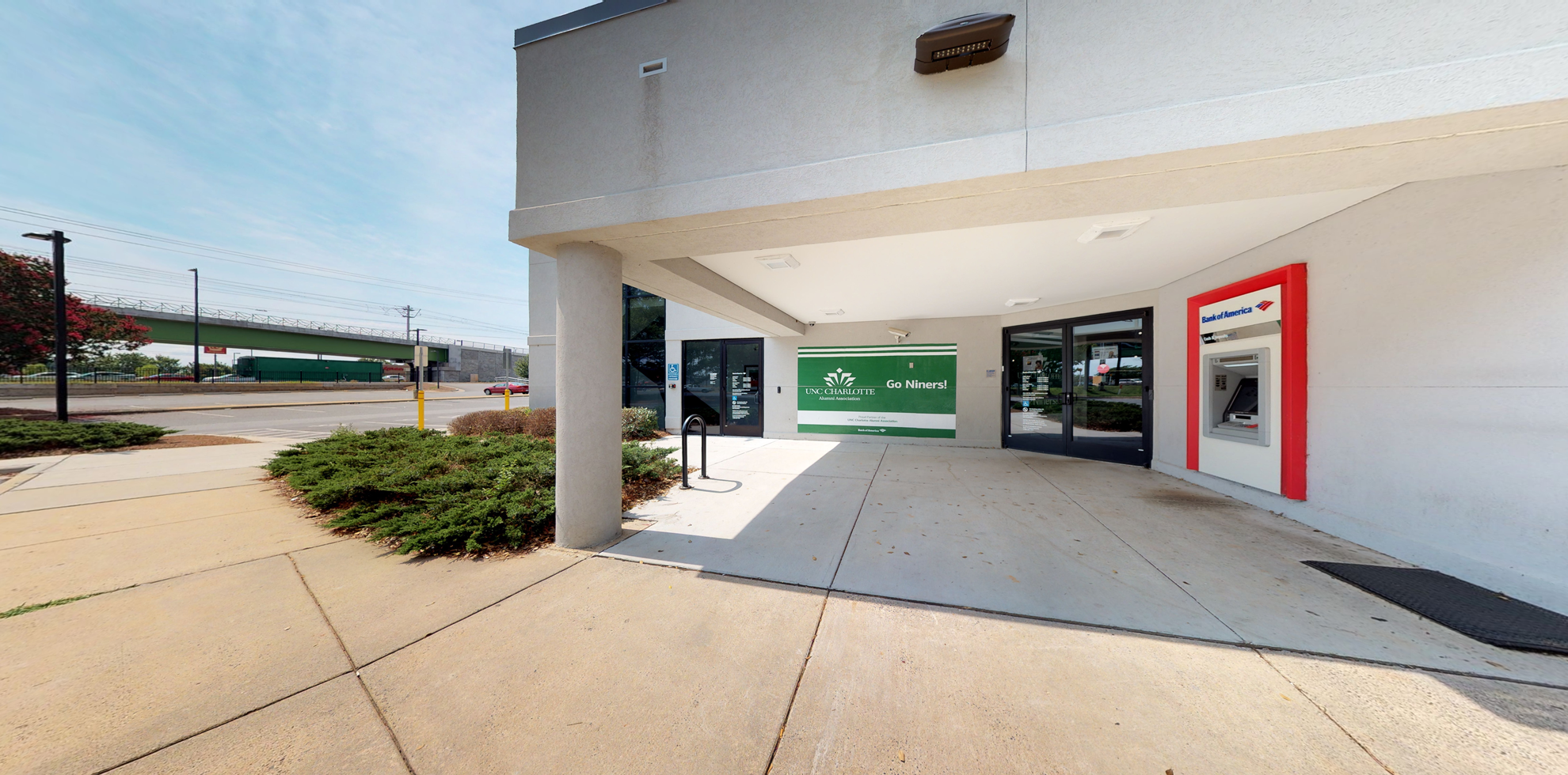 Bank of America financial center with drive-thru ATM and teller | 8551 US Highway 29, Charlotte, NC 28262