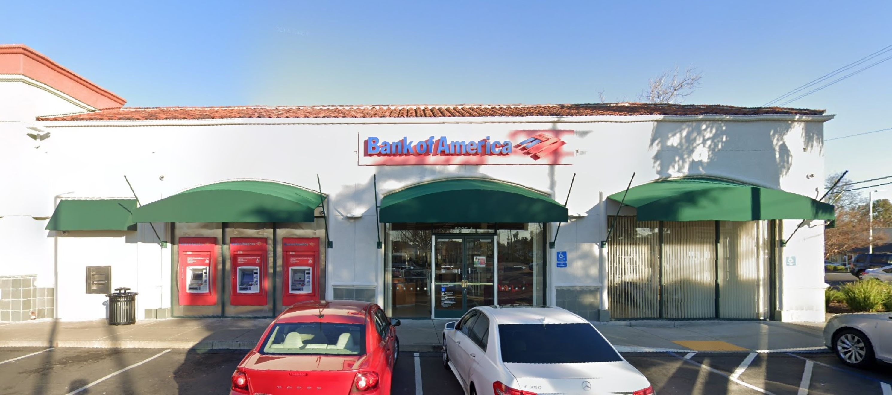Bank of America financial center with walk-up ATM   2805 Marconi Ave, Sacramento, CA 95821