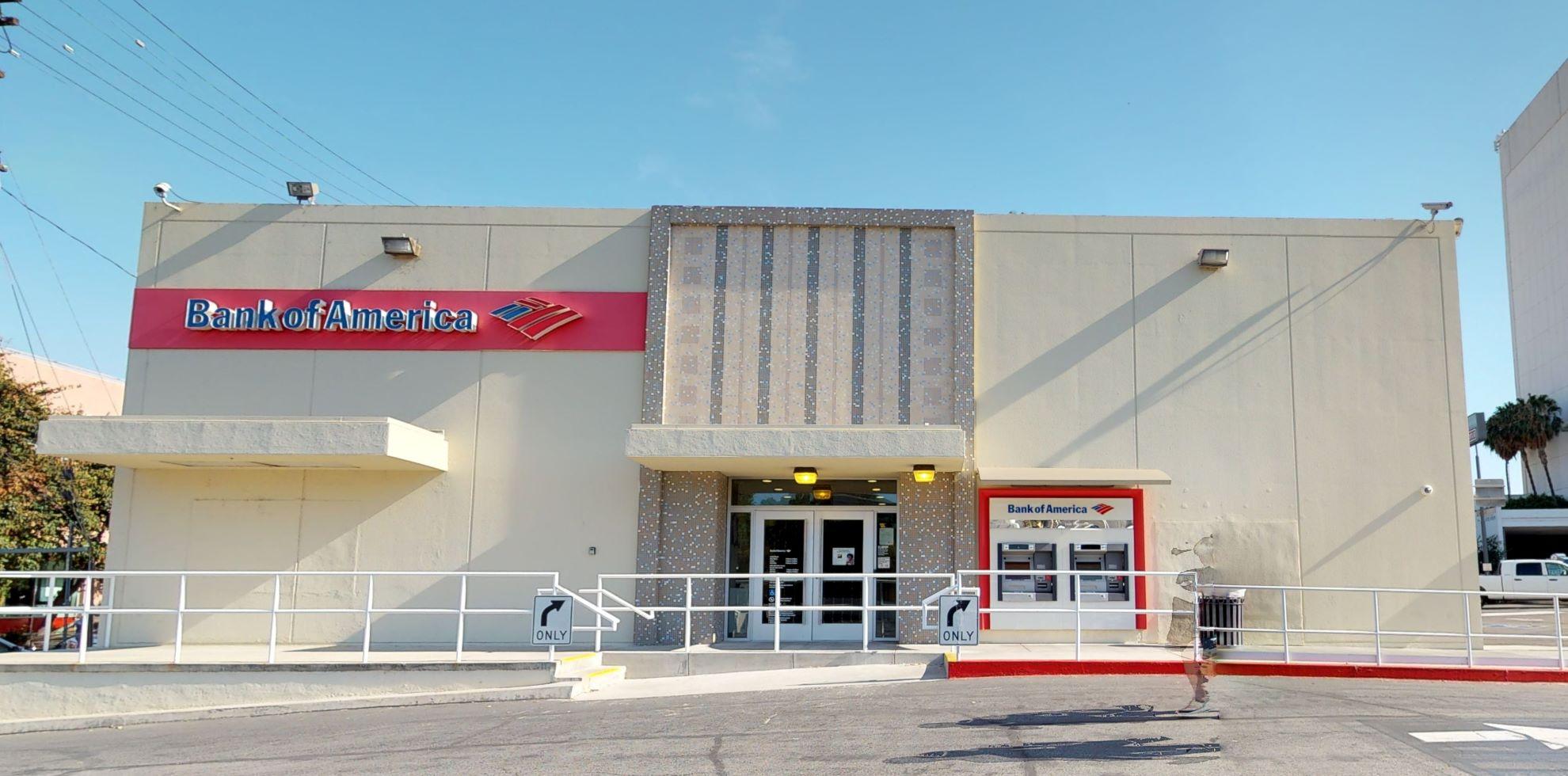 Bank of America financial center with drive-thru ATM   14701 Ventura Blvd, Sherman Oaks, CA 91403