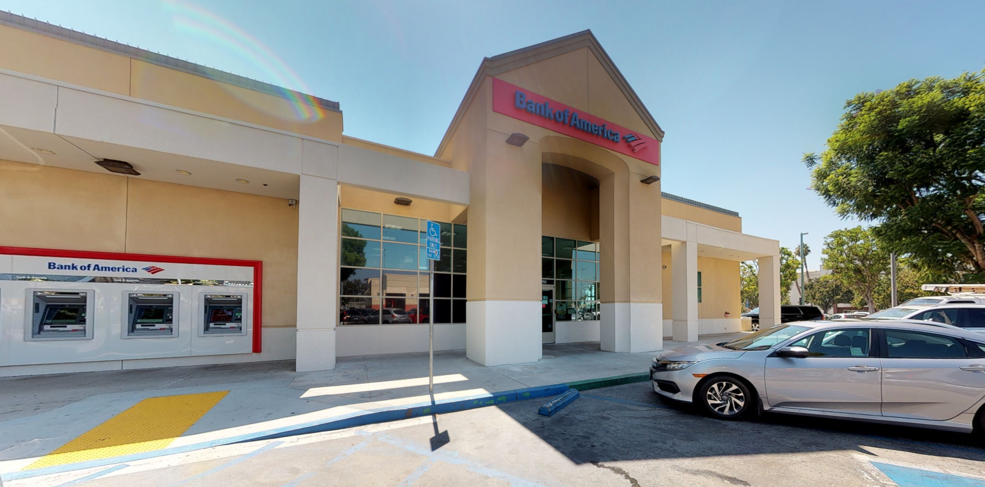 Bank of America financial center with drive-thru ATM | 150 S California Ave, West Covina, CA 91790