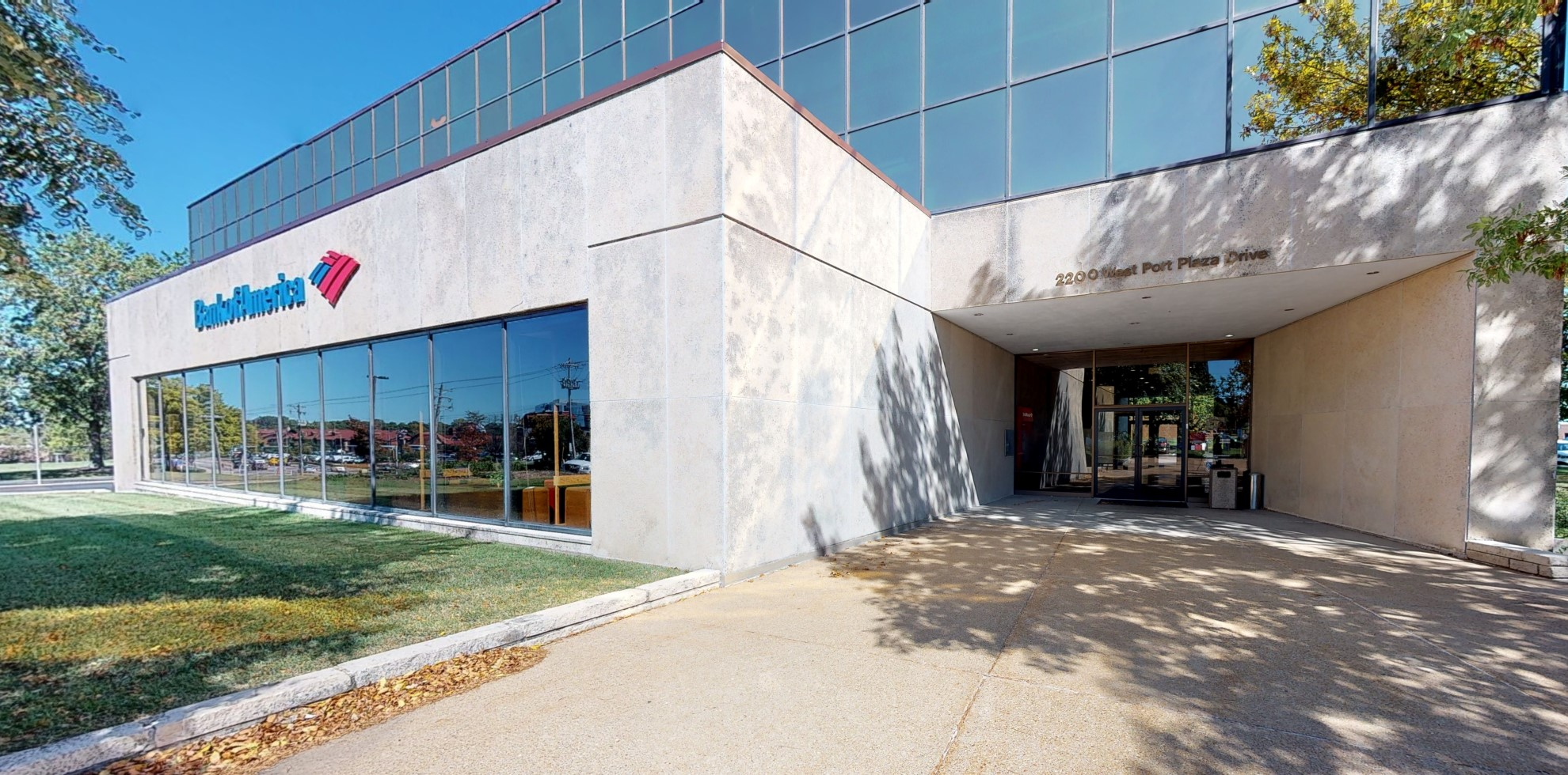 Bank of America financial center with drive-thru ATM | 2200 West Port Plaza Dr, Saint Louis, MO 63146