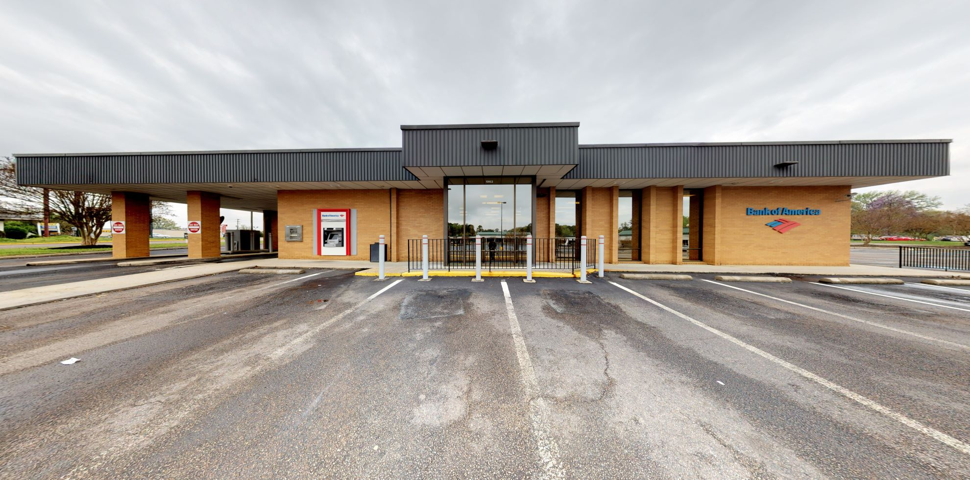 Bank of America financial center with drive-thru ATM   1963 S Crater Rd, Petersburg, VA 23805