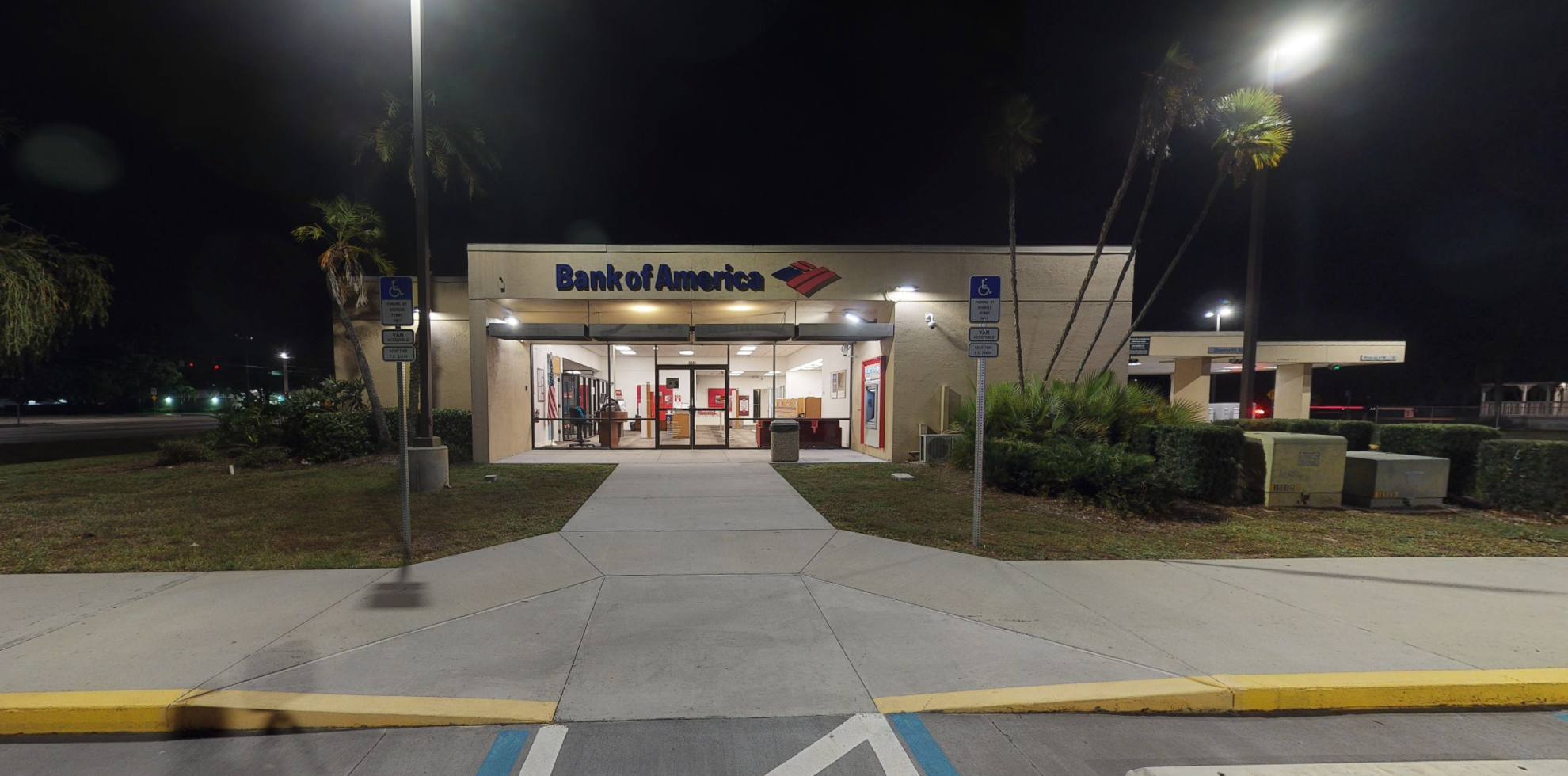 Bank of America financial center with drive-thru ATM | 8681 Cypress Lake Dr, Fort Myers, FL 33919