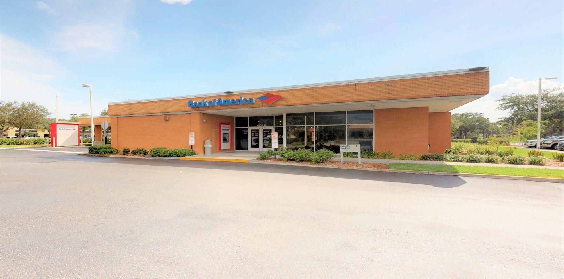 Bank of America financial center with drive-thru ATM   4048 Town Center Blvd, Orlando, FL 32837