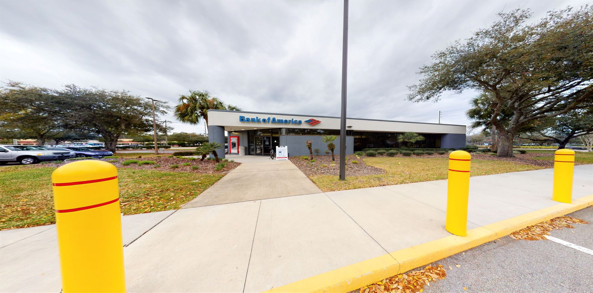 Bank of America financial center with drive-thru ATM   425 State Road 13, Jacksonville, FL 32259