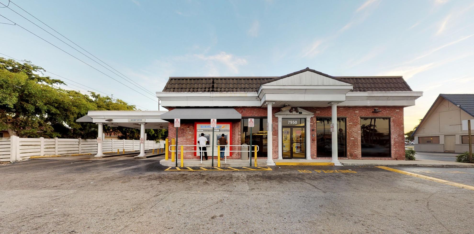 Bank of America financial center with walk-up ATM | 7950 Miramar Pkwy, Miramar, FL 33023