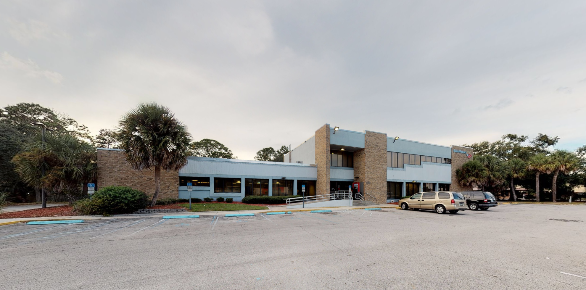 Bank of America financial center with drive-thru ATM   620 S Highway 19, Palatka, FL 32177