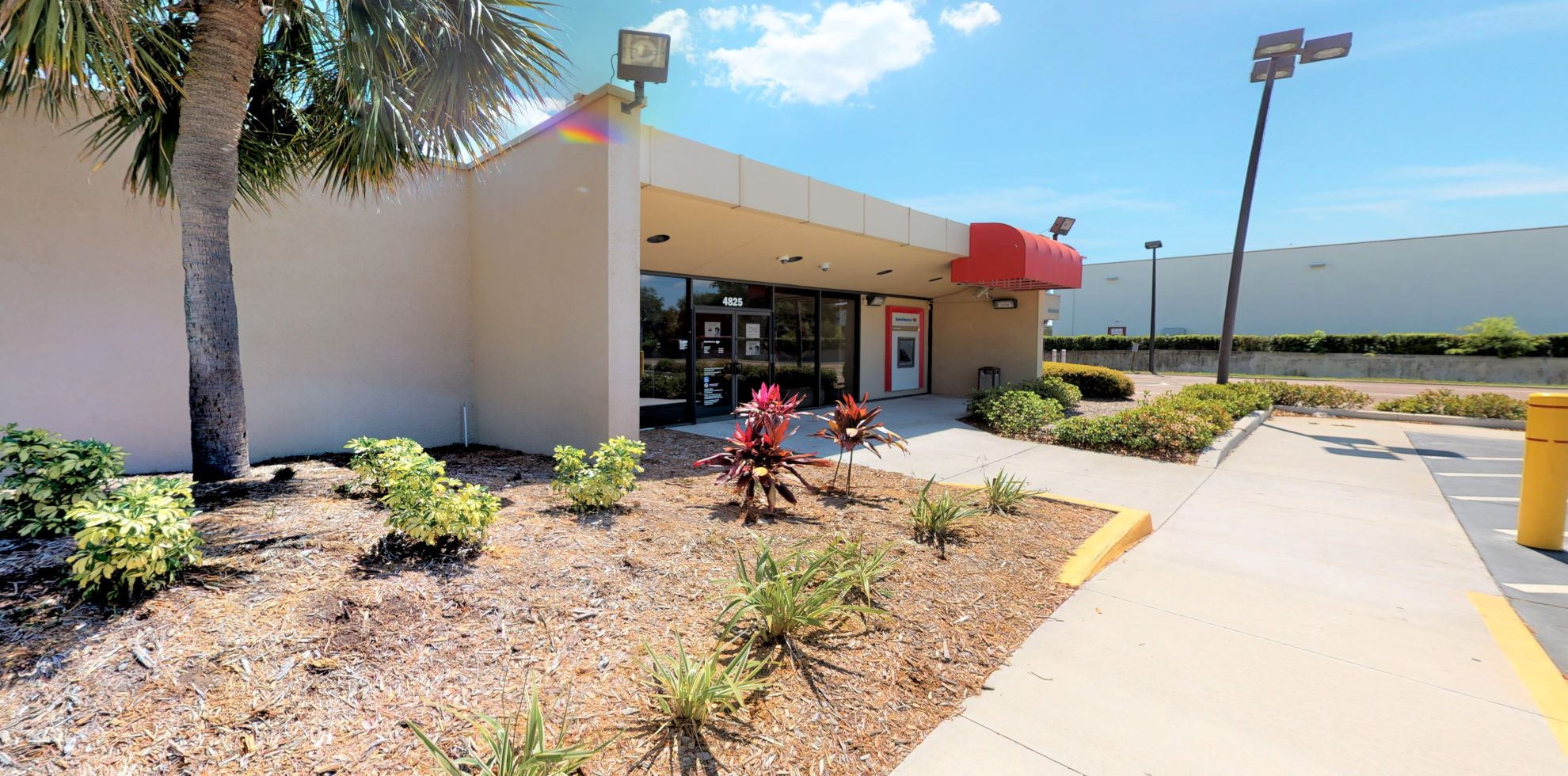 Bank of America financial center with drive-thru ATM   4825 S Manhattan Ave, Tampa, FL 33611