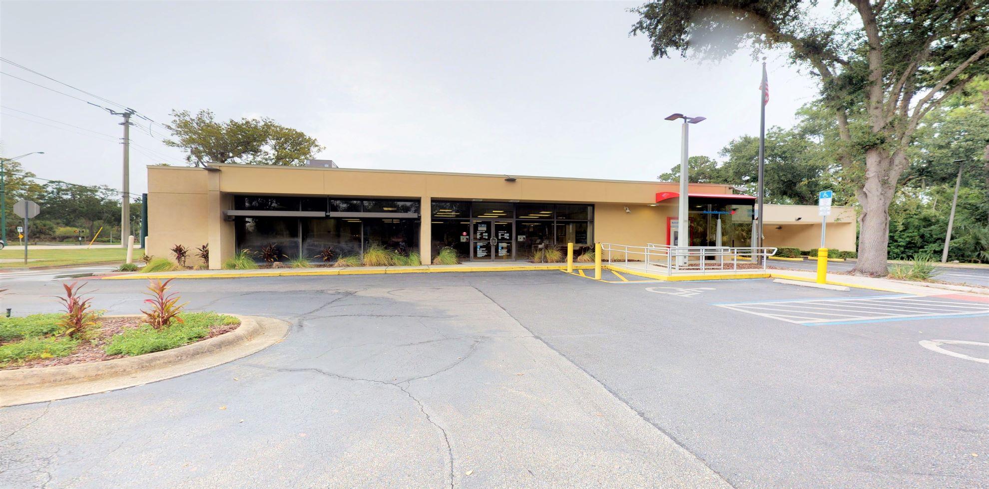 Bank of America financial center with walk-up ATM   299 N Nova Rd, Ormond Beach, FL 32174