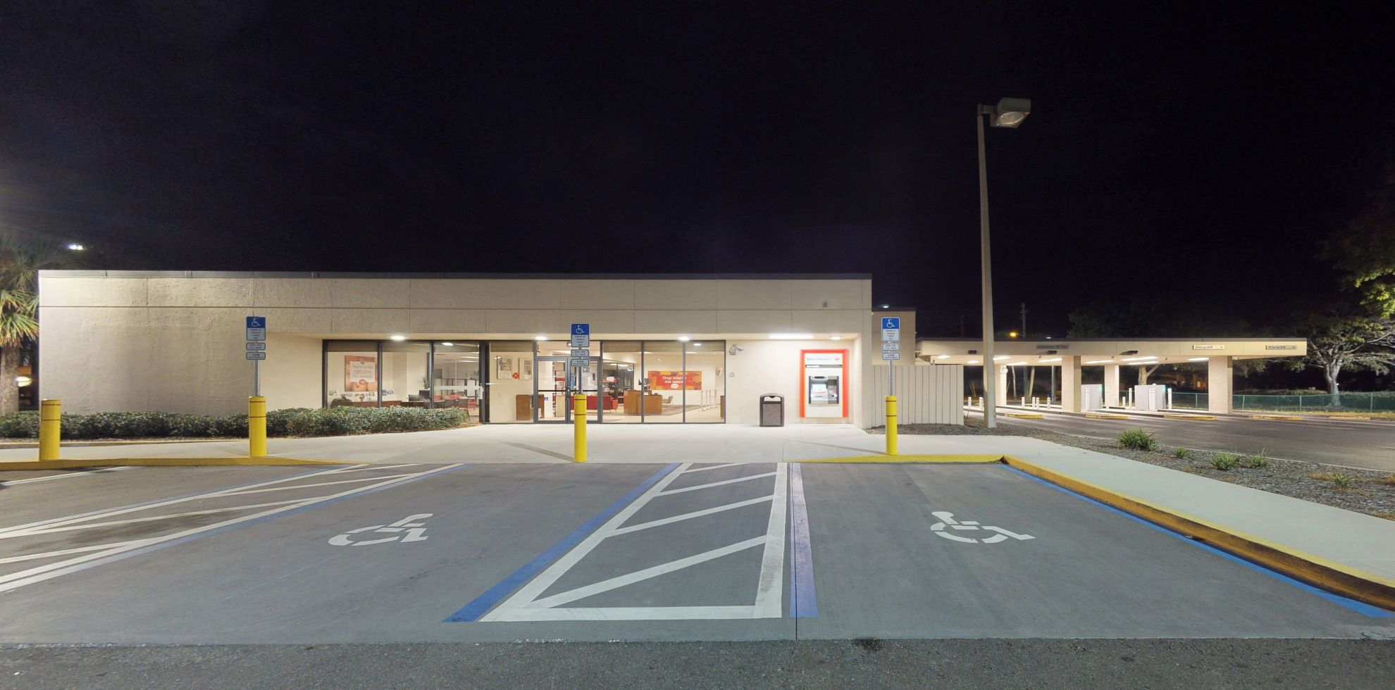 Bank of America financial center with drive-thru ATM and teller   1300 66th St N, Saint Petersburg, FL 33710