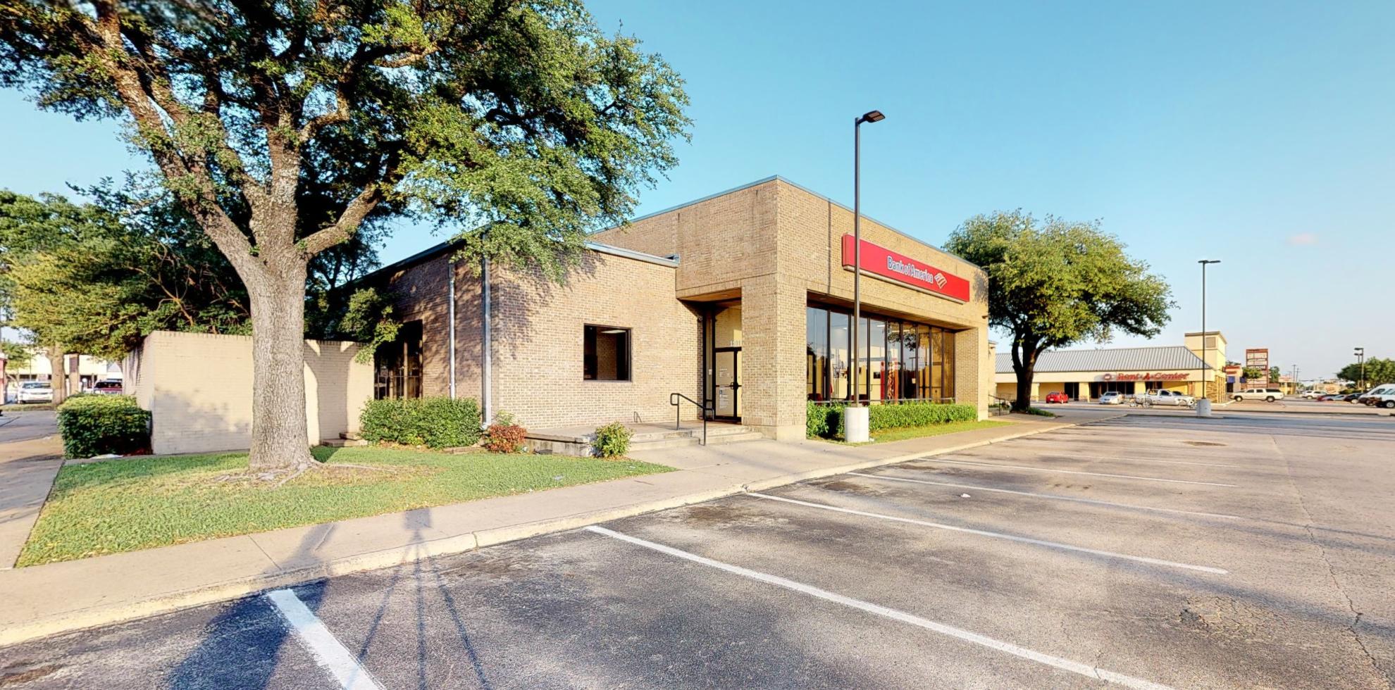 Bank of America financial center with drive-thru ATM   1101 S Josey Ln, Carrollton, TX 75006