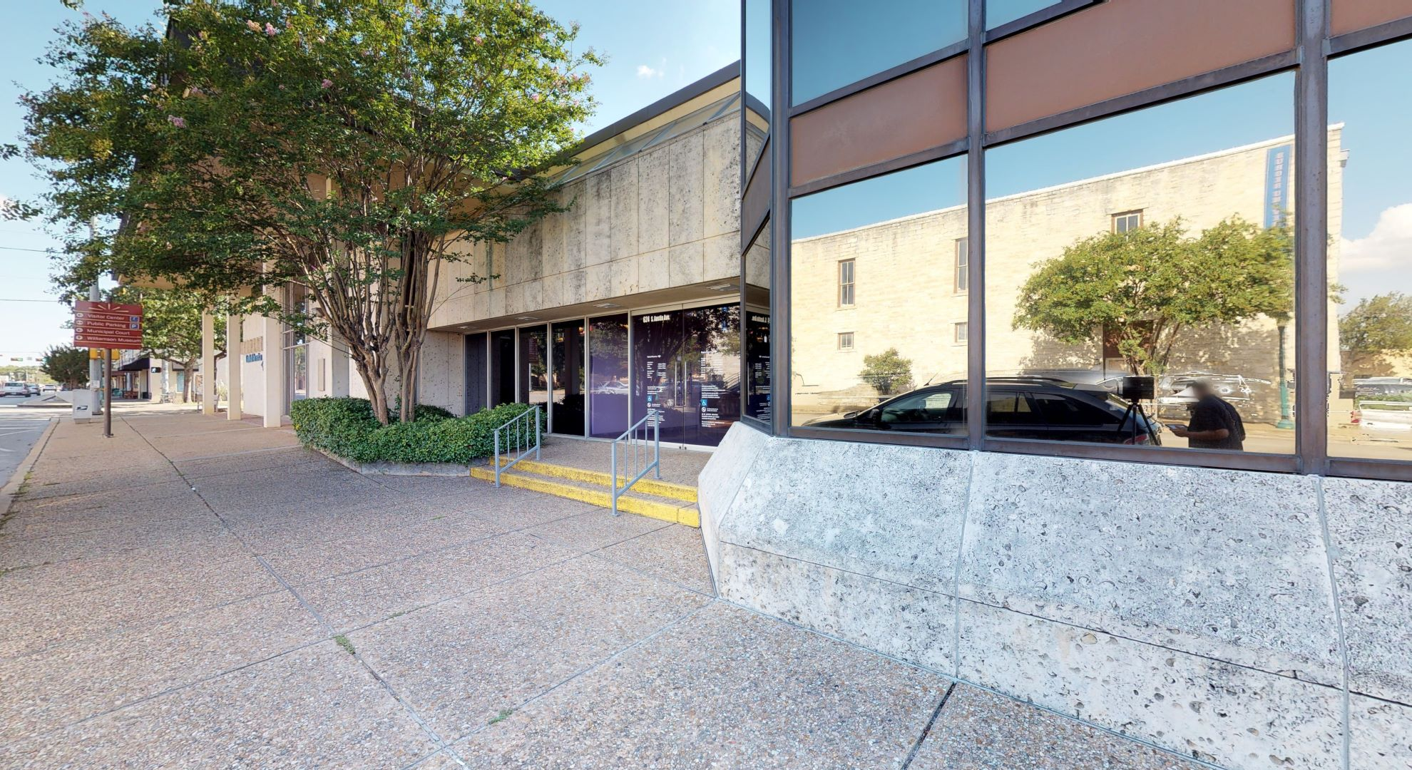 Bank of America financial center with walk-up ATM | 624 S Austin Ave, Georgetown, TX 78626