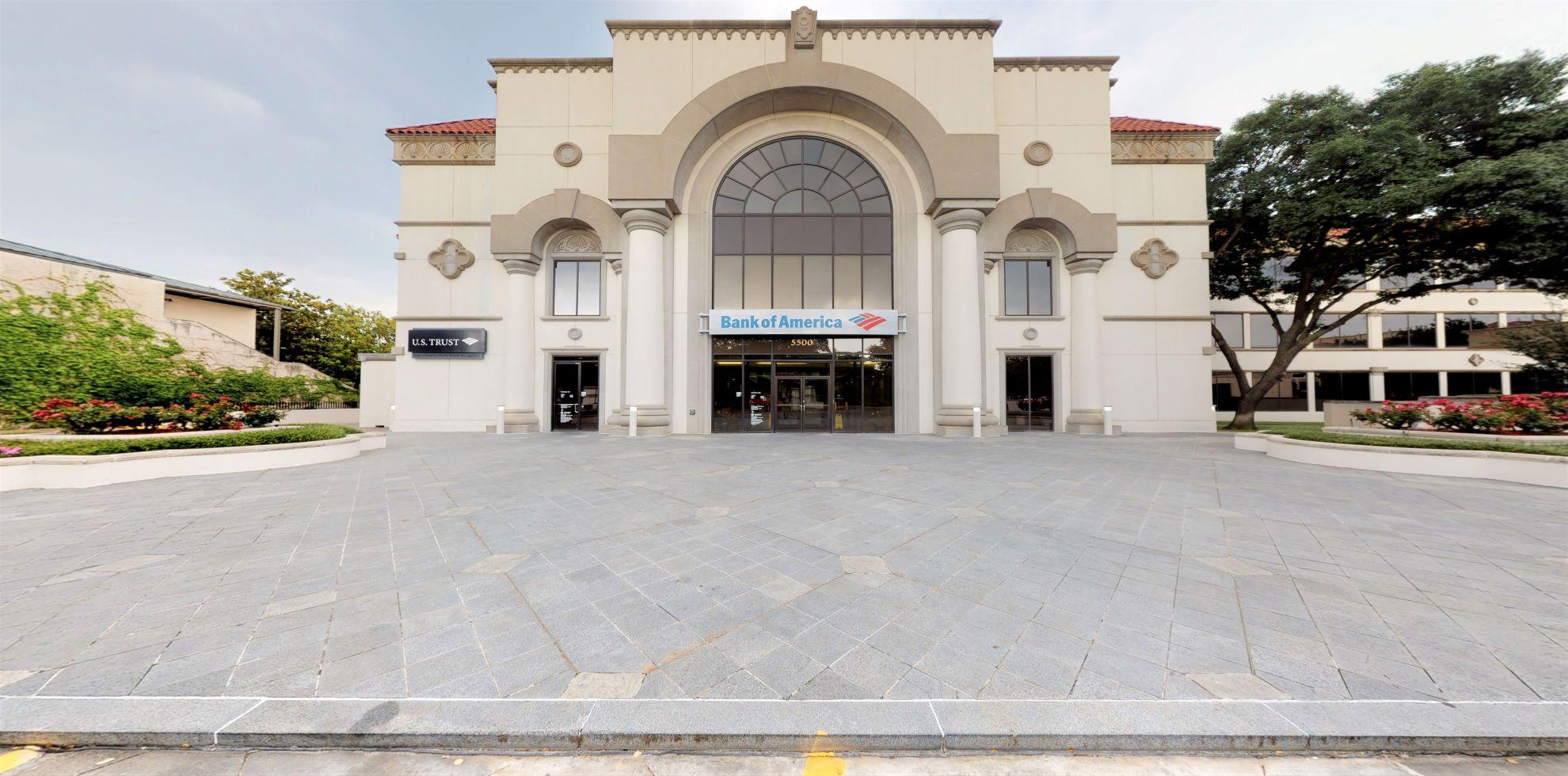 Bank of America financial center with walk-up ATM | 5500 Preston Rd, Dallas, TX 75205